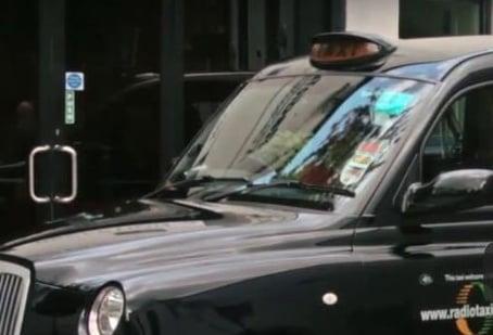 Radio Taxis-968298-edited